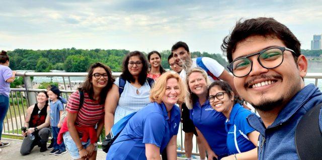Group photo of international students visiting Niagara Falls